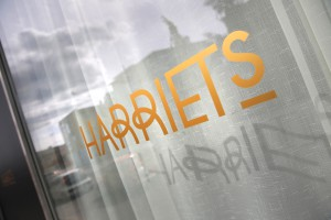 Hotell Dragonen med restaurang Harriets.